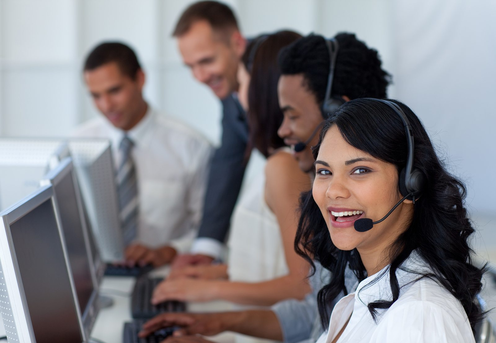 Dedicated live support is a standard feature of XPS Ship's free shipping software.